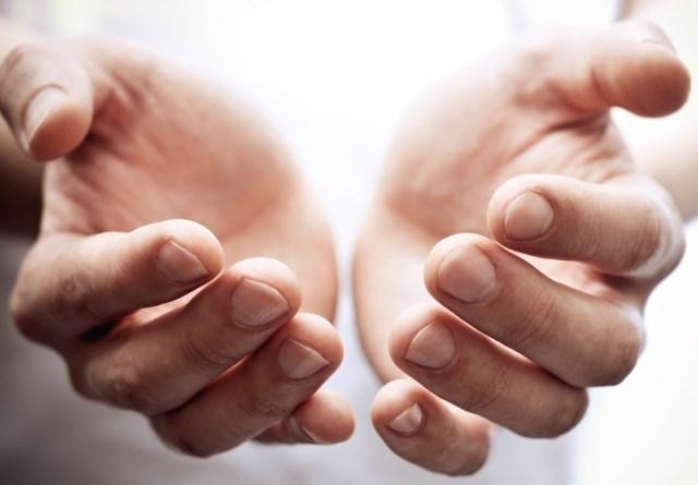 Por Que Esfregamos Nossas Mãos?!